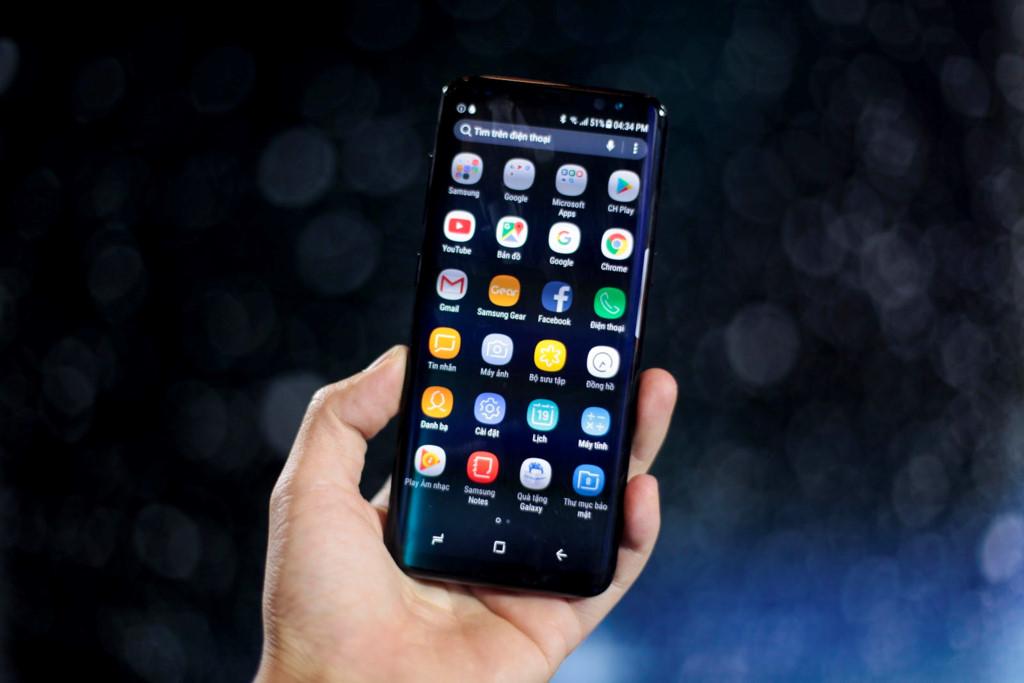Anh thuc te Samsung Galaxy S8/S8+ va loat phu kien hap dan vua ve VN hinh anh 6