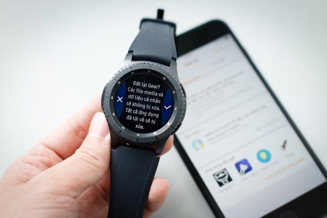Hướng dẫn kết nối đồng hồ thông minh Samsung Gear S3 với iPhone