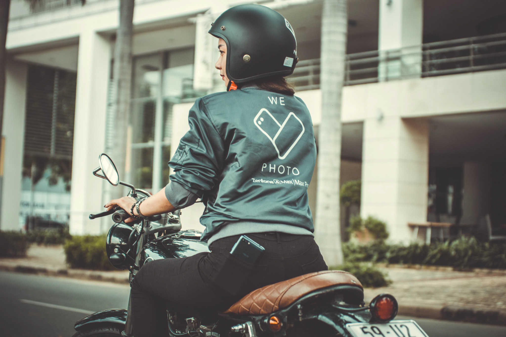 Tặng áo khoác cho khách mua Zenfone 4 Max Pro ảnh 3