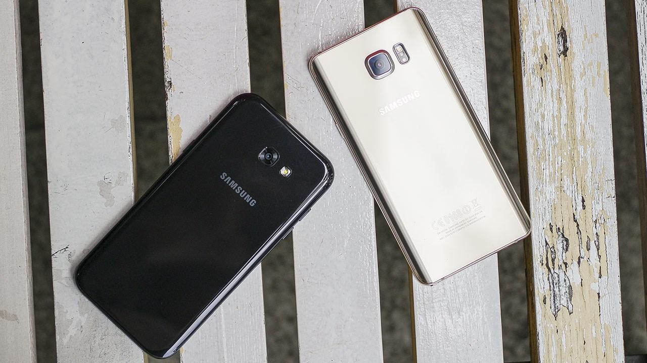 So sánh điện thoại Galaxy A7 2017 và Note 5: Cách nhau 1 triệu, mua máy gì?