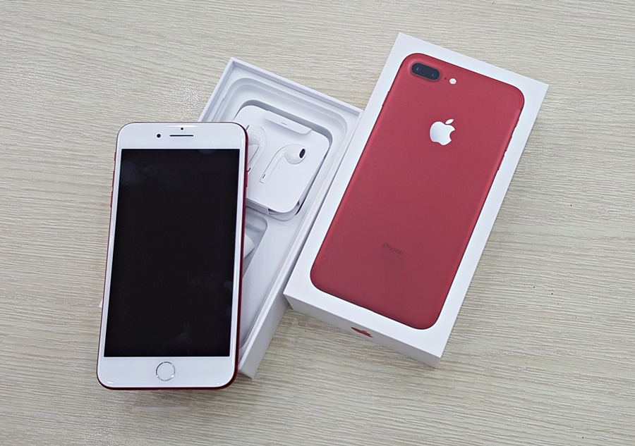 Cận Cảnh Apple Iphone 7 Plus Red Tại Việt Nam