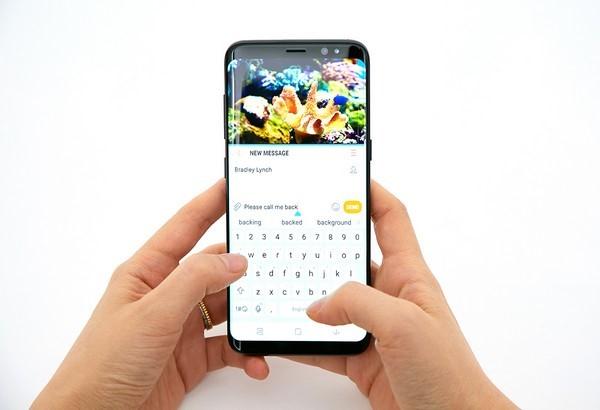 Samsung Galaxy S8 va S8+ ra mat voi man hinh vo cuc, 4G toc do 1 Gbps hinh anh 7