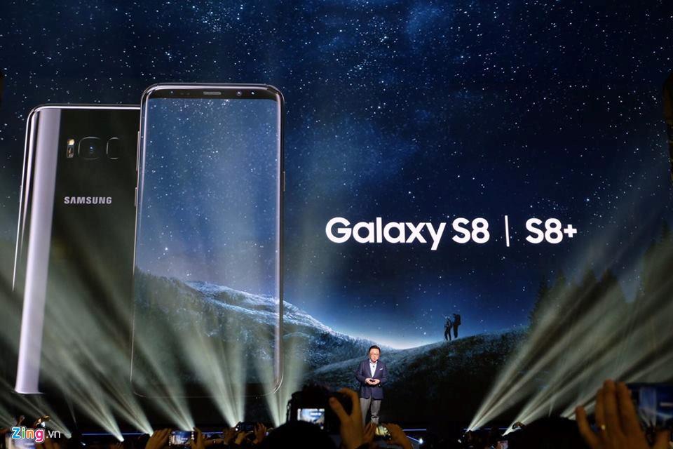 Samsung Galaxy S8 va S8+ ra mat voi man hinh vo cuc, 4G toc do 1 Gbps hinh anh 1