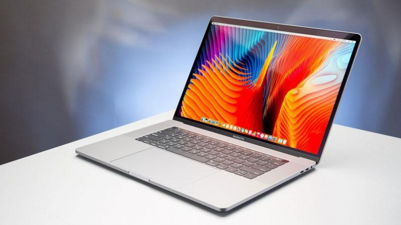 Kết quả hình ảnh cho đánh giá chi tiết về Macbook Pro 2017