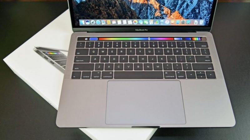 Đánh giá MacBook Pro 2017 - 8 lý do bạn nên dùng