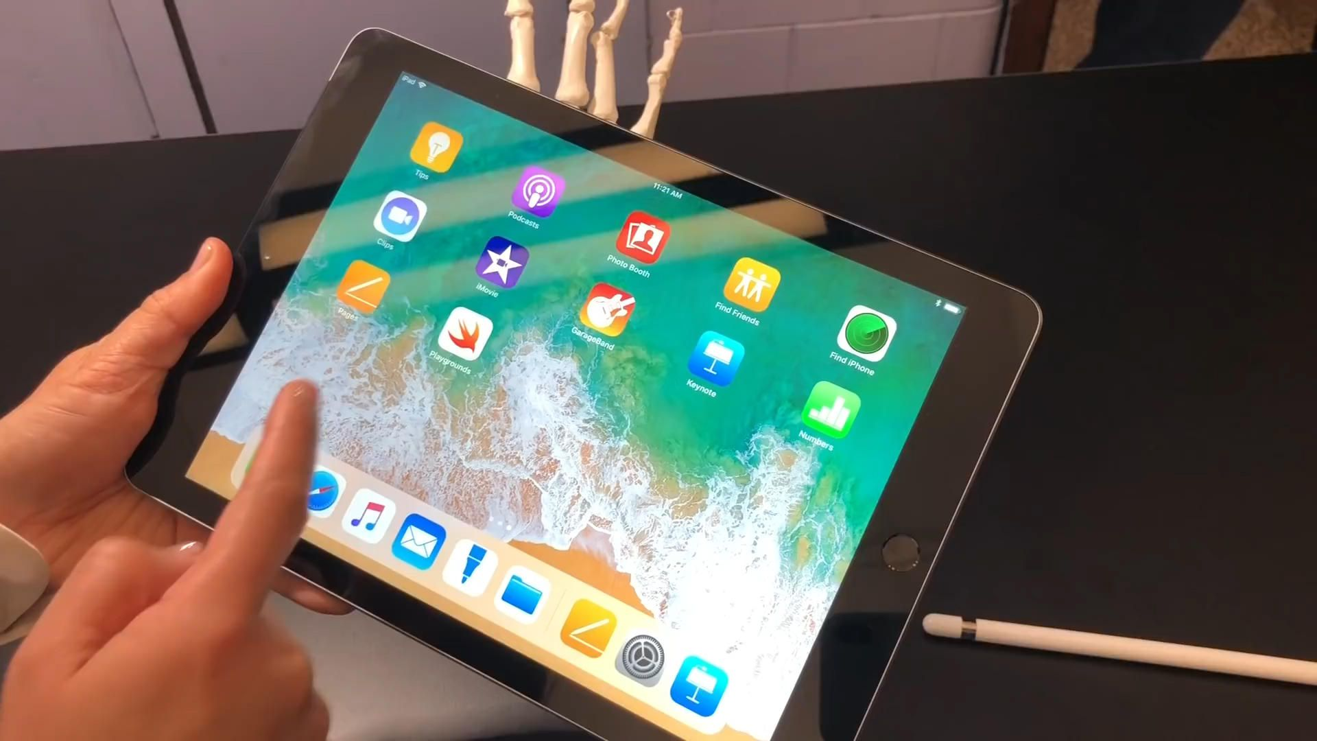iPad Gen 6 (2018) Cellular