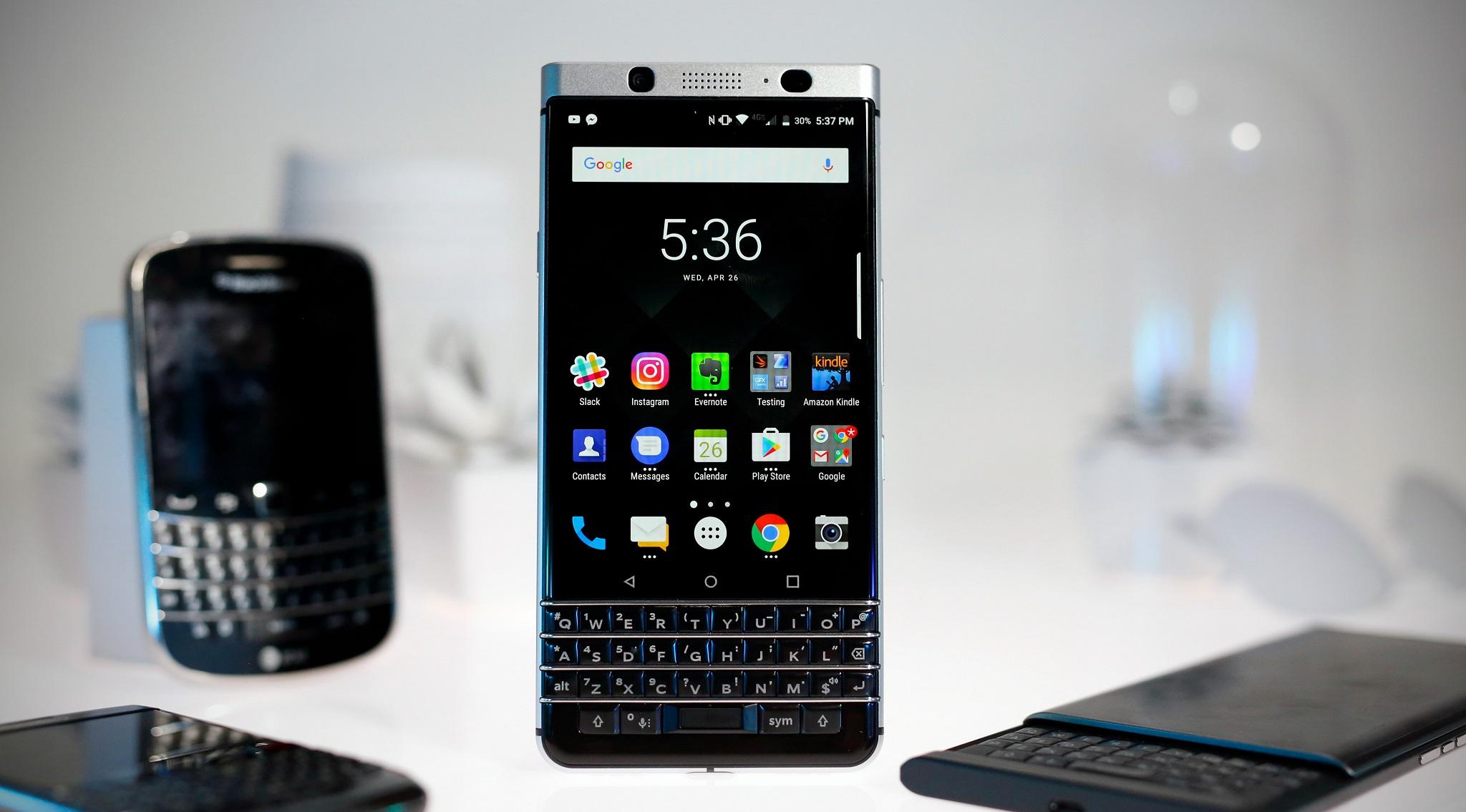 BlackBerry chính thức ngừng hỗ trợ Blackberry Priv hình 2