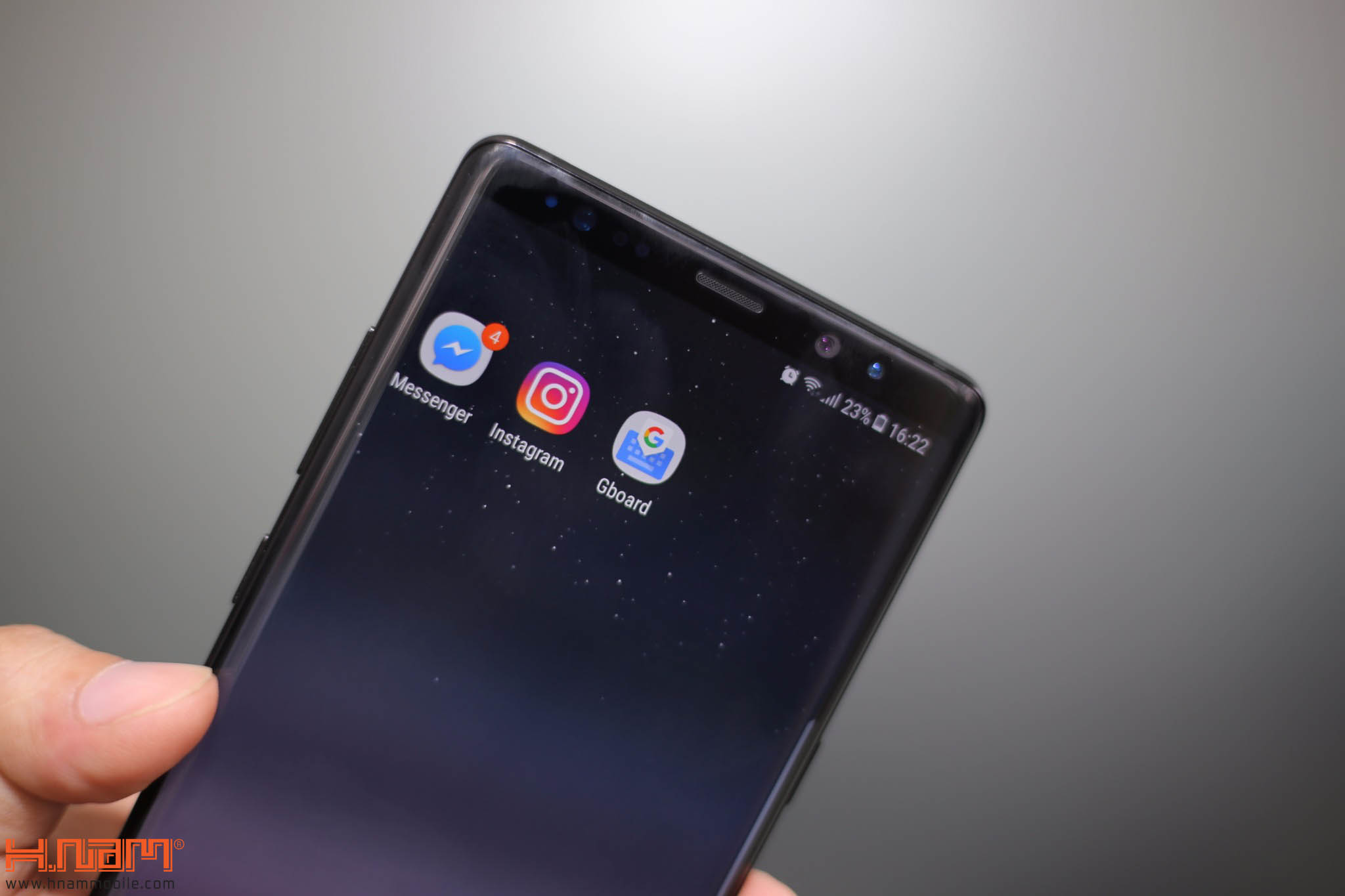 Đập hộp và trên tay Galaxy Note8 chính hãng tại Việt Nam hình 6