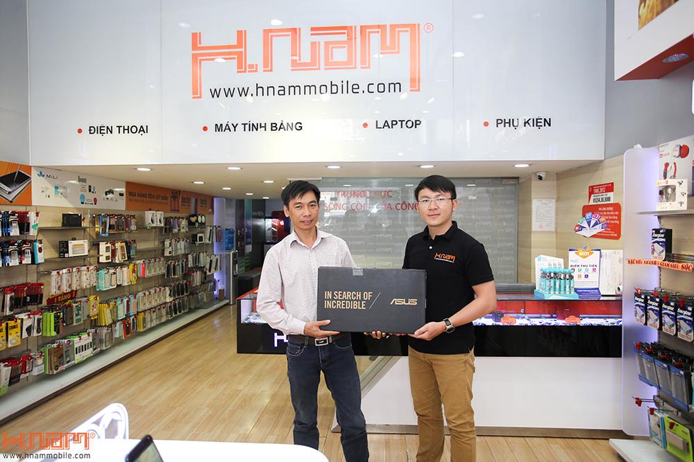 Trao thưởng 4 laptop Asus trị giá 45 triệu cho các khách hàng mua điện thoại Asus ZenFone 4 Max Pro hình 6