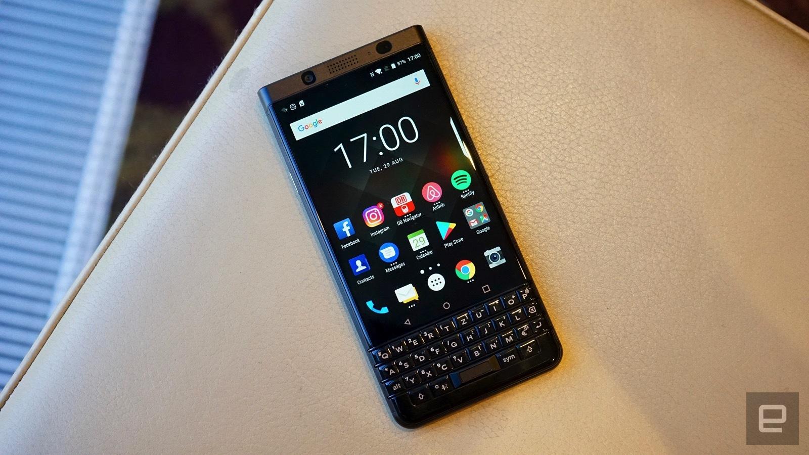 [IFA 2017]- BlackBerry KEYone phiên bản màu đen xuất hiện, 4GB RAM hình 5