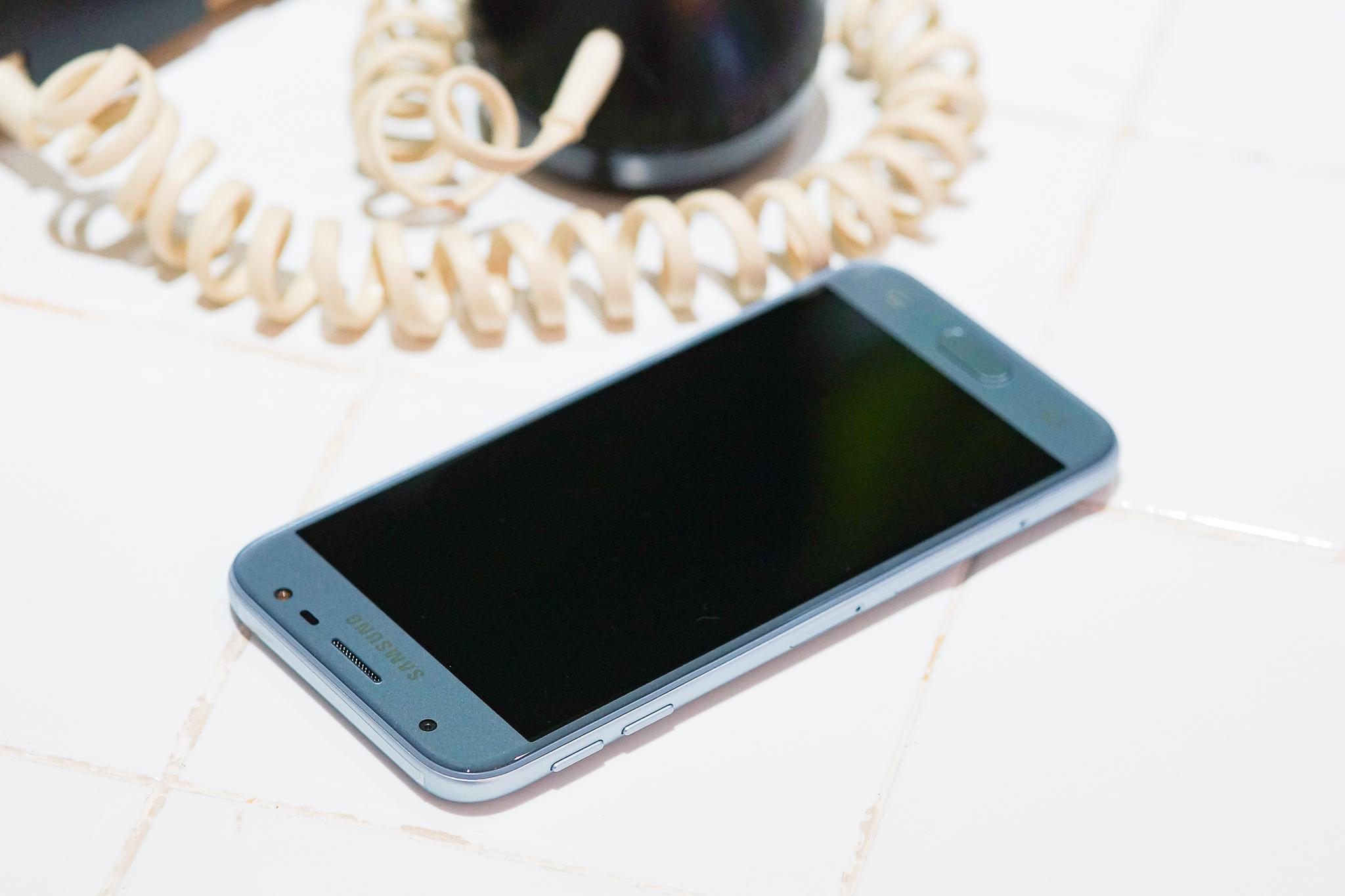 Galaxy J3 Pro - Hình 3