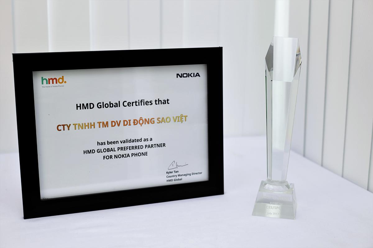 Hnam Mobile nhận giải thưởng Best Nokia - Kênh bán lẻ tốt nhất hình 1
