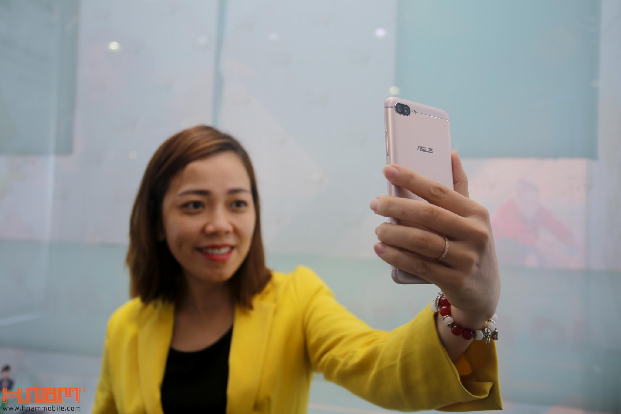 Mở bán ZenFone 4 Max Pro: Quà hơn 2 triệu, cơ hội trúng laptop hình 18