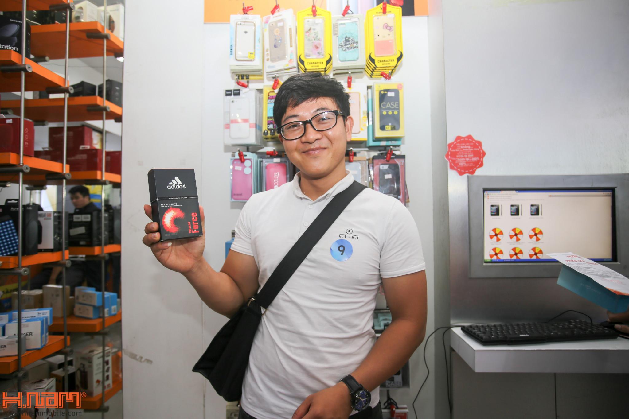 Mở bán ZenFone 4 Max Pro: Quà hơn 2 triệu, cơ hội trúng laptop hình 20