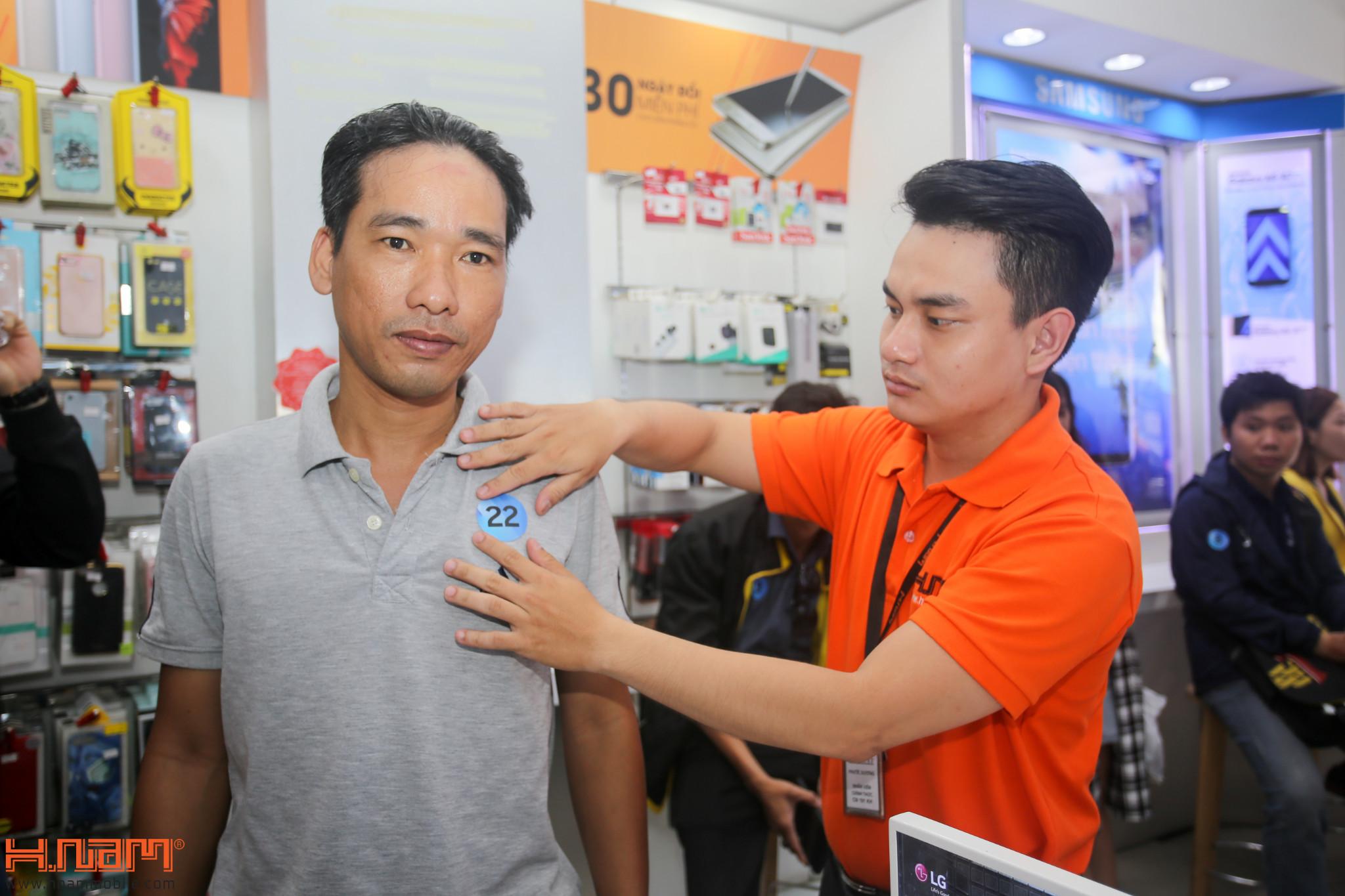 Mở bán ZenFone 4 Max Pro: Quà hơn 2 triệu, cơ hội trúng laptop hình 15