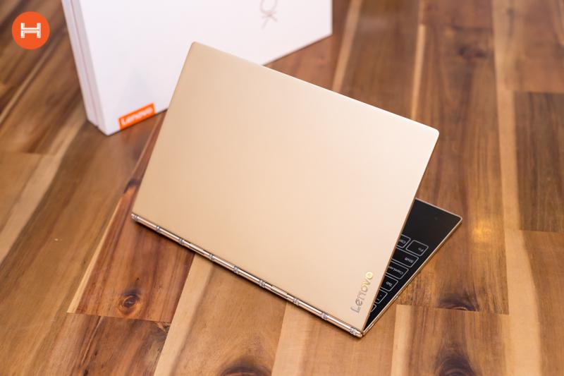 Mở hộp Lenovo Yoga Book: Thiết kế tablet lai laptop, bàn vẻ cảm ứng lực thích hợp cho họa sĩ. hình 13