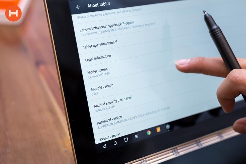 Mở hộp Lenovo Yoga Book: Thiết kế tablet lai laptop, bàn vẻ cảm ứng lực thích hợp cho họa sĩ. hình 6