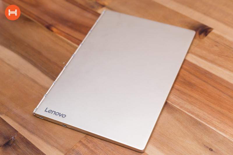 Mở hộp Lenovo Yoga Book: Thiết kế tablet lai laptop, bàn vẻ cảm ứng lực thích hợp cho họa sĩ. hình 11