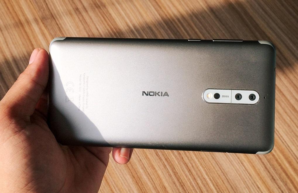 Đặt trước Nokia 8: giảm 2 triệu, tặng thêm pin dự phòng 1.2 triệu hình 4