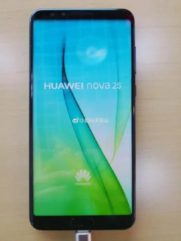 Huawei Nova 2S bất ngờ xuất hiện ngoài thực tế kèm thông tin cấu hình hình 2