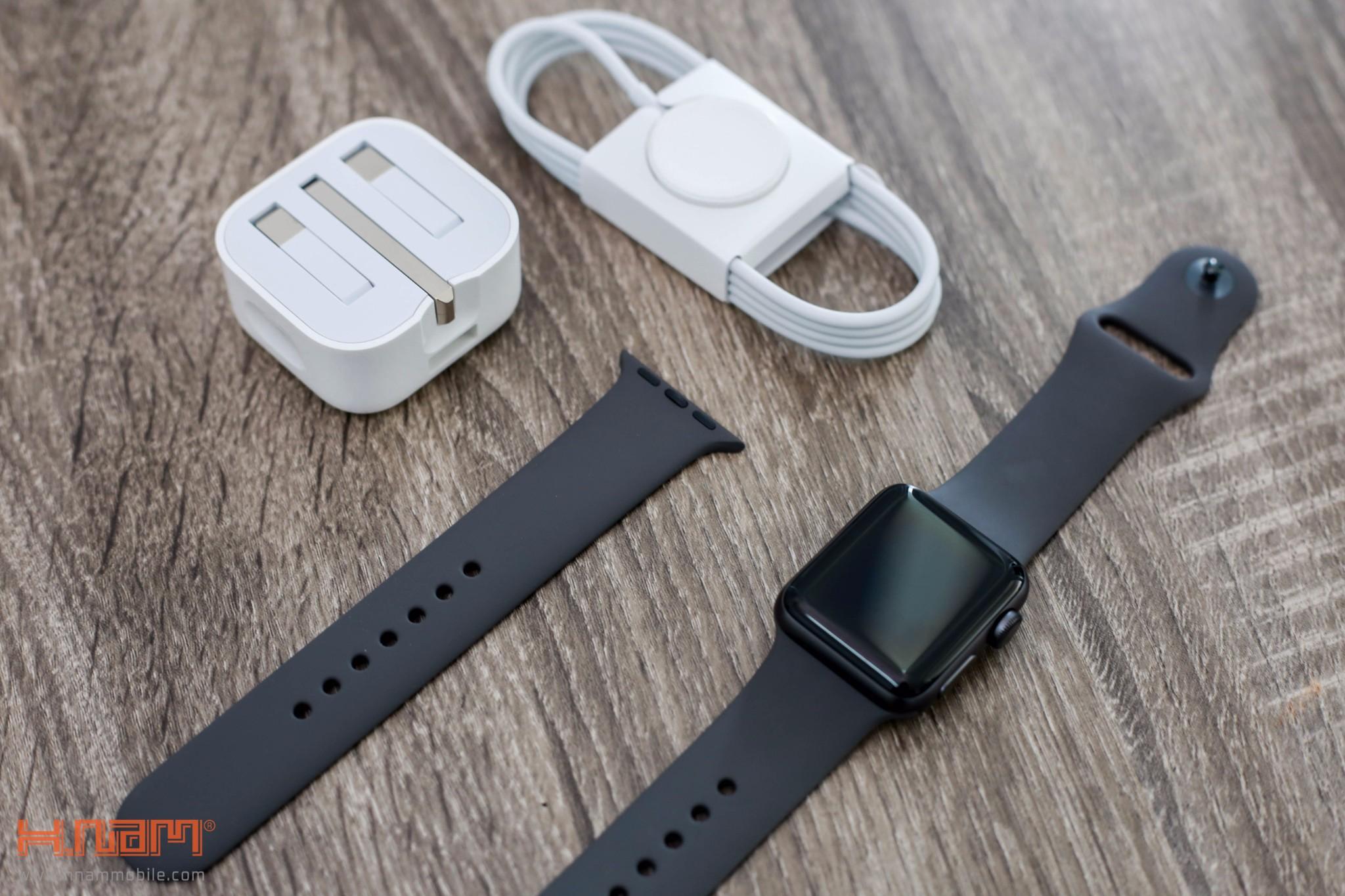 Đập 2 hộp Apple Watch Series 3: Vẫn rất đẹp và hiện đại, cấu hình mạnh hơn hình 6