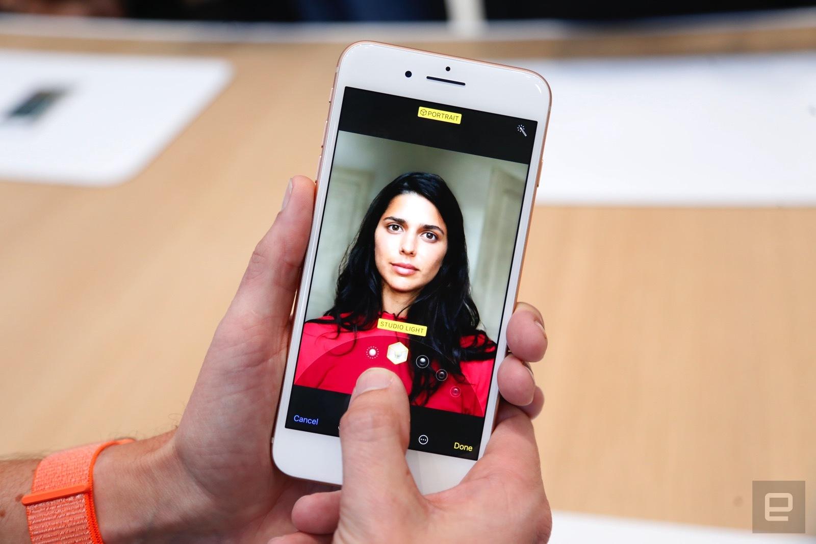Trên tay iPhone 8 và 8 Plus: Thiết kế cũ nhưng trẻ trung hơn, cấu hình mạnh hơn hình 11