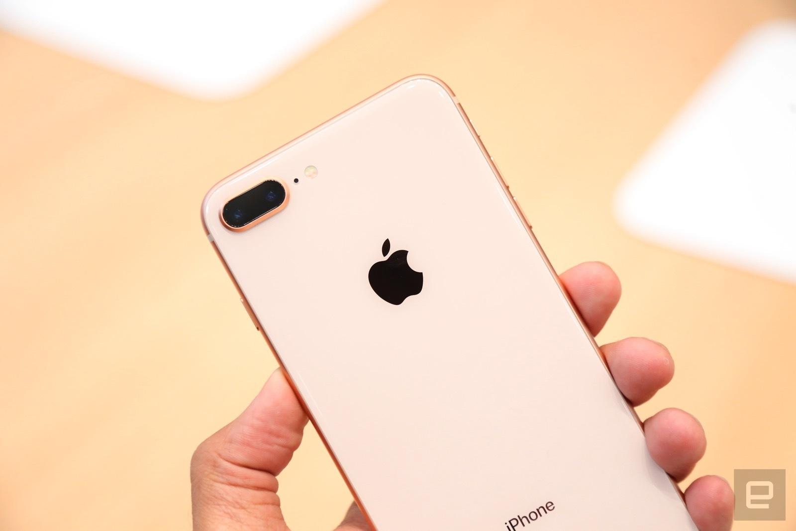 Trên tay iPhone 8 và 8 Plus: Thiết kế cũ nhưng trẻ trung hơn, cấu hình mạnh hơn hình 4