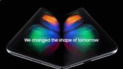Samsung Galaxy Fold chính thức: màn hình gập, giá 46 triệu đồng