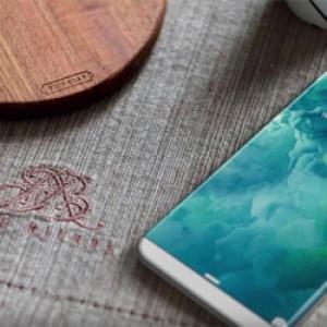 Apple iPhone 8 sẽ dùng cảm biến vân tay ẩn dưới màn hình