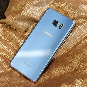 Bộ đôi Samsung Galaxy S7/s7 Edge màu xanh san hô sẽ bán vào tháng 11