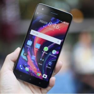 Cận cảnh điện thoại HTC Desire 10 Pro sắp bán tại Việt Nam