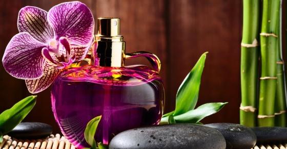 Có nên thay đổi mùi hương nước hoa thường xuyên?