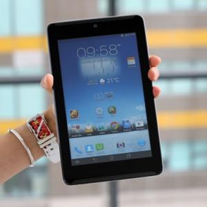 Đánh giá Asus FonePad 7 - tablet gọi điện tốt, loa hay