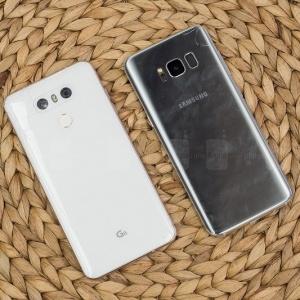 Đọ độ bền của Samsung Galaxy S8 và LG G6 khi bị thả rơi