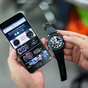 Đồng hồ thông minh Samsung Gear S3 có dùng với iPhone được không?