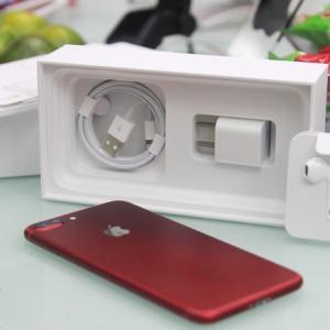 Loạt ảnh iPhone 7 Plus màu đỏ đầu tiên về Việt Nam