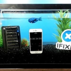 Màn trình diễn iPhone 7 dưới nước trong 8 tiếng