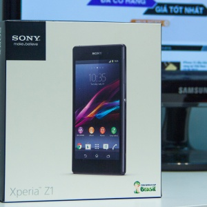 Mở hộp Sony Xperia Z1 tại Hnam Mobile