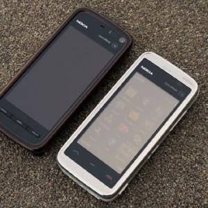 Nokia 5530 vs. 5800 XpressMusic