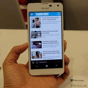 Nokia Lumia 650 tại thị trường Việt Nam có giá 3,99 triệu đồng