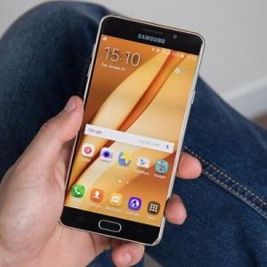 Samsung Galaxy A7 2017 trang bị màn hình 5.7 inch và hỗ trợ chống nước