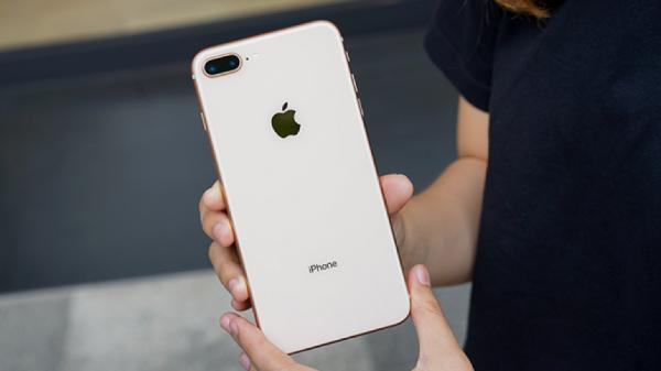 Có nên mua iPhone 8 Plus vào thời điểm này? hình 1