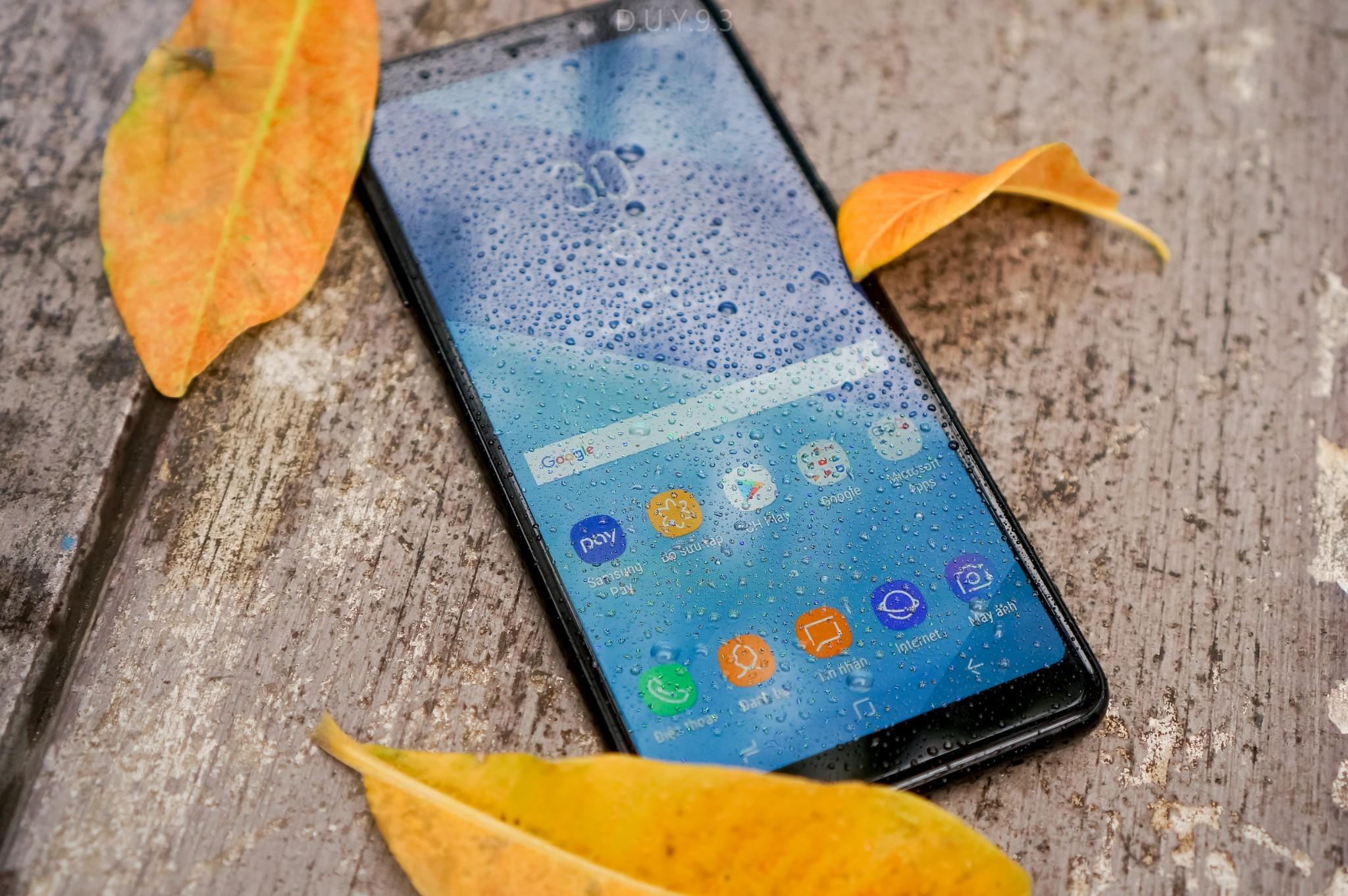 Đánh giá thiết kế Galaxy A8/ A8+: Vẻ đẹp sang trọng của kim loại và kính hình 7
