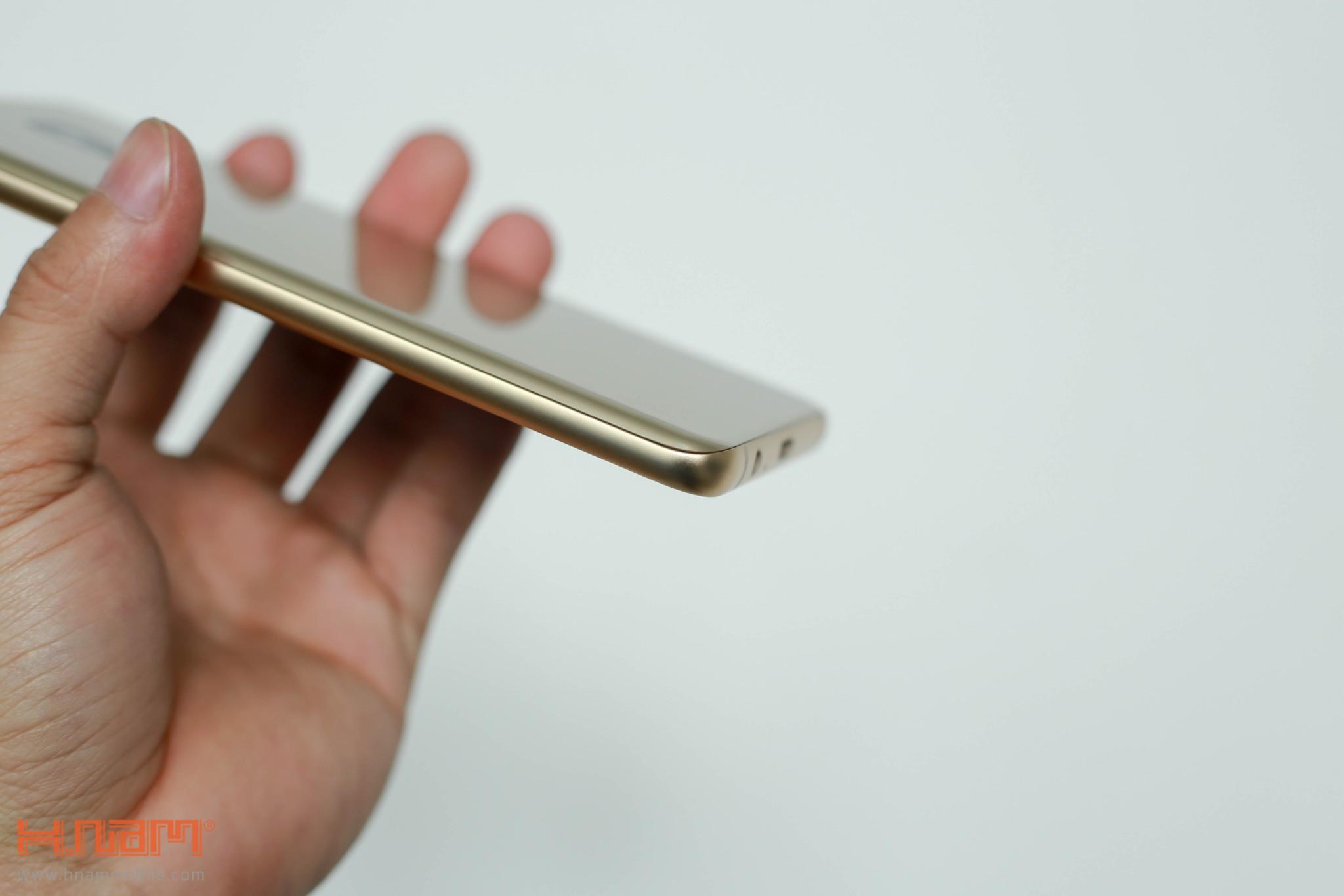 Đánh giá thiết kế Galaxy A8/ A8+: Vẻ đẹp sang trọng của kim loại và kính hình 6