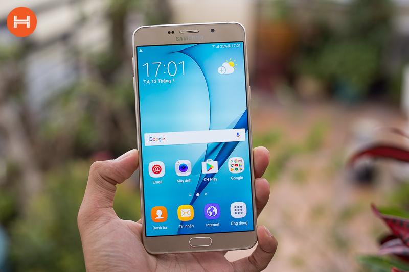 Những dòng điện thoại Samsung pin khủng hình 4