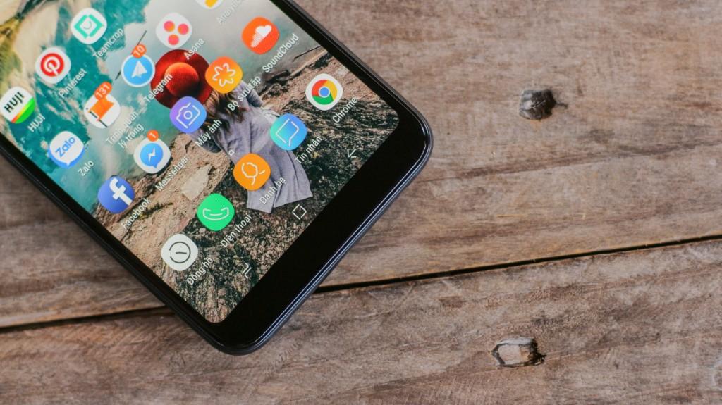 Trên tay Galaxy A6+: Thiết kế thời trang, camera kép xóa phông ấn tượng hình 5