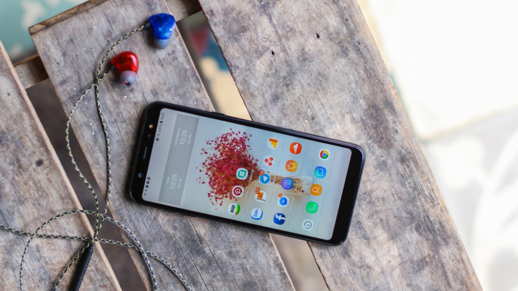 Trên tay Galaxy A6+: Thiết kế thời trang, camera kép xóa phông ấn tượng hình 6