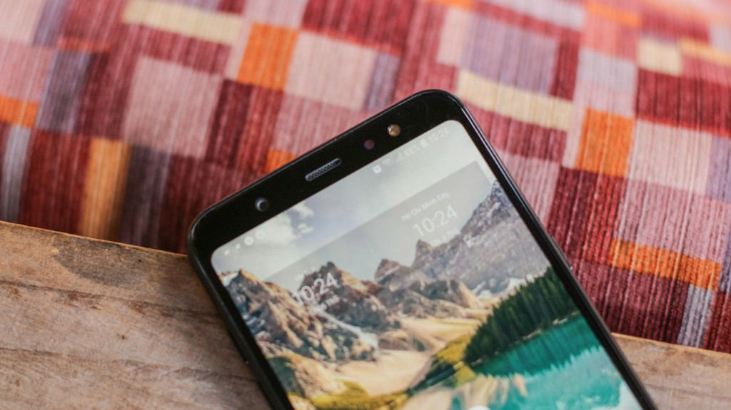 Trên tay Galaxy A6+: Thiết kế thời trang, camera kép xóa phông ấn tượng hình 8