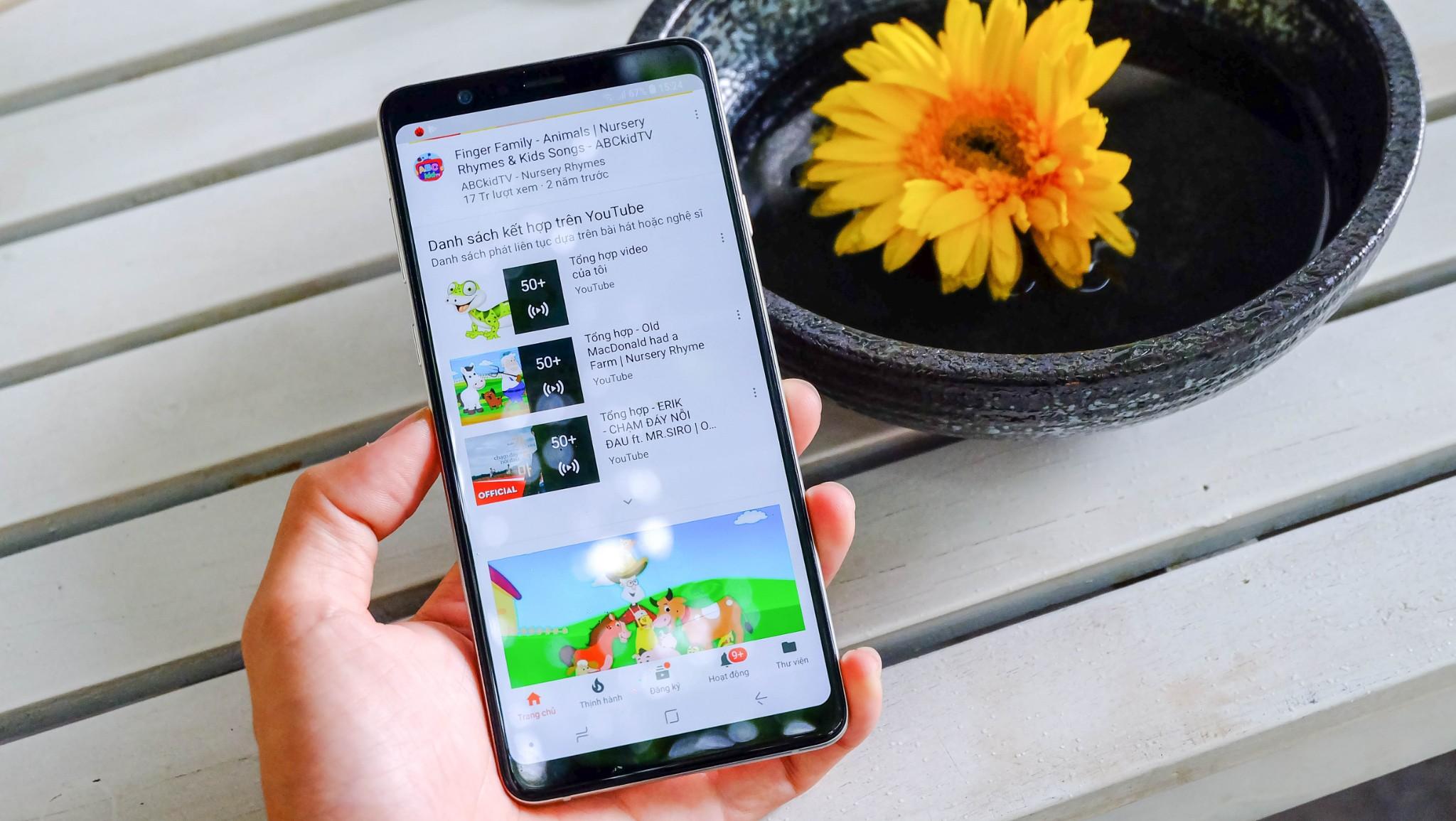 """Galaxy A8 Star đích thực là """"ngôi sao"""" trong phân khúc 14 triệu chính hãng hình 2"""