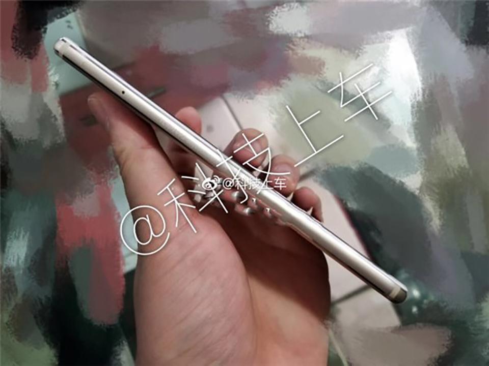 Apple iPhone 7 Plus 32Gb giá
